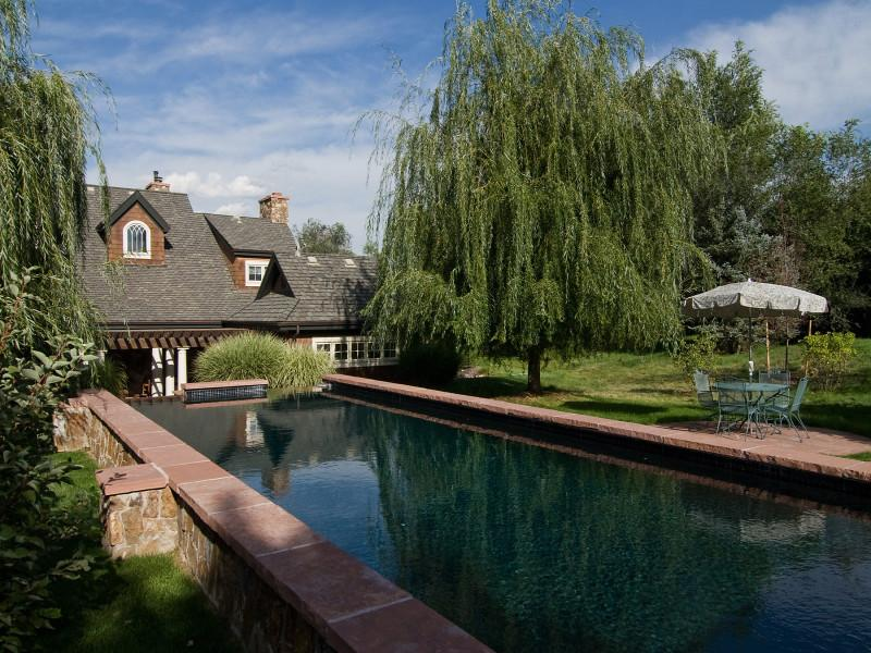 Lakeway Homes with Pools – Homes with Pools in Lakeway